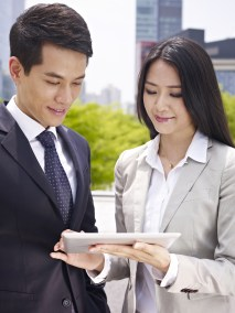 5 Steps to more effective networking for corporate lawyers