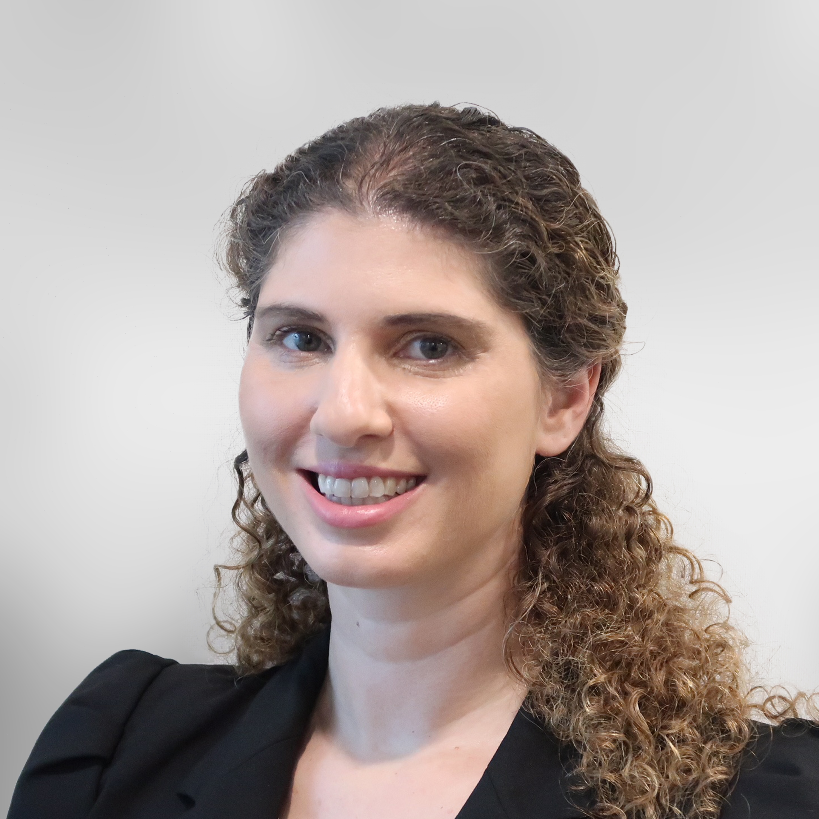 Naomi Herman - Clifford Chance